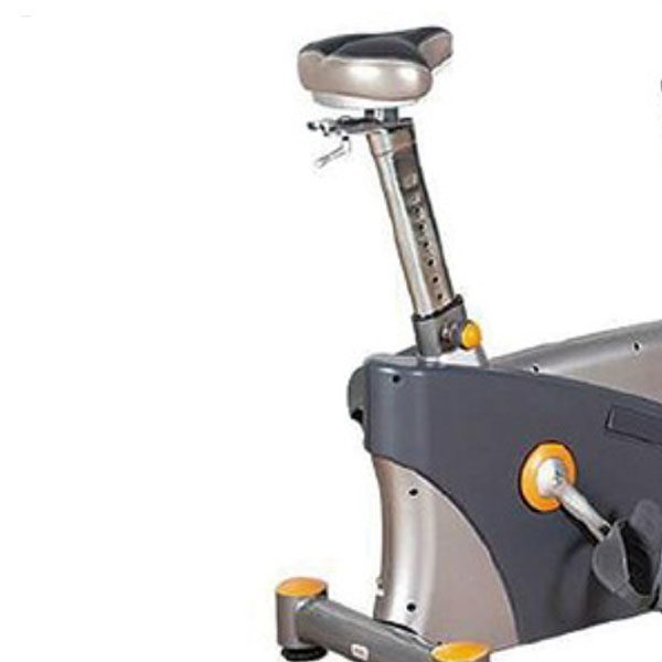 IR-01B Upright Bike 3