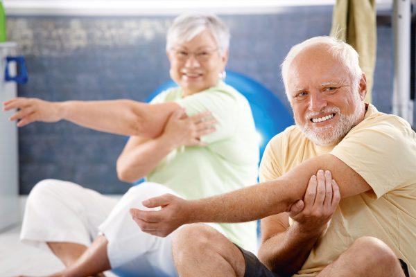 Tips Stretching Untuk Manula 11
