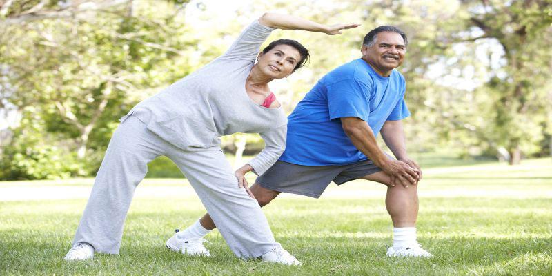 Tips Stretching Untuk Manula 12