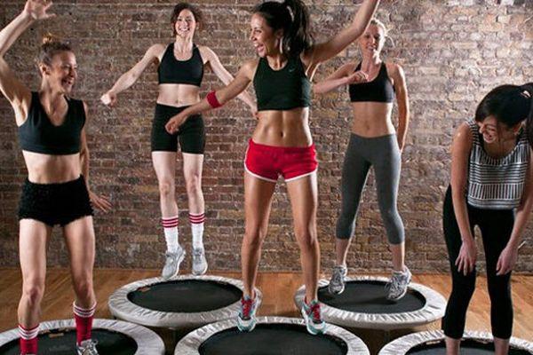 Manfaat Trampoline Olahraga Seru Yang Bikin Langsing! 1