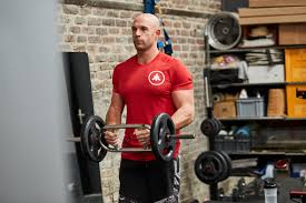 Yuk, Cari Tahu 5 Perbedaan Tipe Barbell Yang Ada Di Tempat Gym Kamu! 6