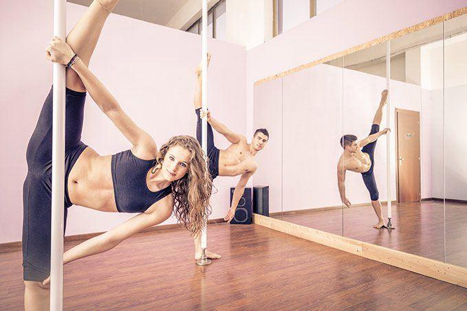 Mengenal Pole Dance Dan Manfaatnya! 1