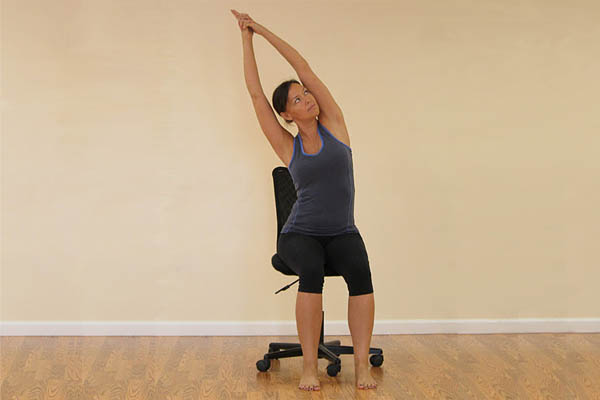 5 Cara Simpel Olahraga Sambil Duduk 3
